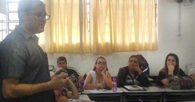 Diretores do SFPMIS vão à escola Azaleia reafirmar compromissos e tirar dúvidas