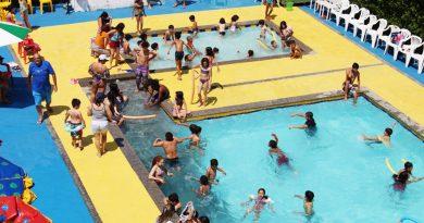 Aproveite a piscina do Sindicato aberta de quarta a domingo, das 9 às 17 horas!