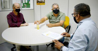 Sindicato e Prefeitura se reúnem para tratar das gratificações, data-base e outros temas